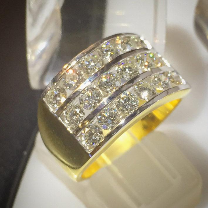 แหวนทองคำประดับเพชรแท้ขนาด 0.12x18 กะรัต เบลเยี่ยมคัตไฟดีไม่มีตำหนิ น้ำขาว 97 ตัวเรือนทอง 90 น้ำหนั