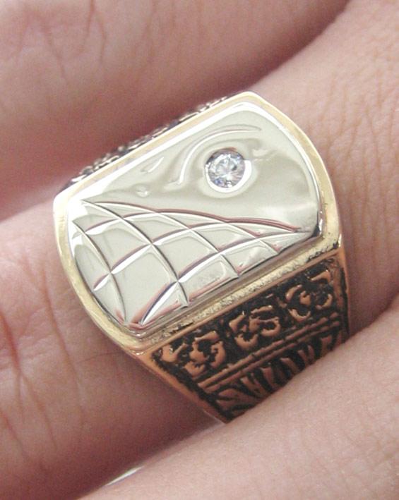 แหวนทอง 18k งานนอก(หน้าทองขาวฝังเพชรแท้) สำหรับบุรุษ สตรี ตัวเรือทองแกะสลักลวดลายสวยงาม 18k (750) น้