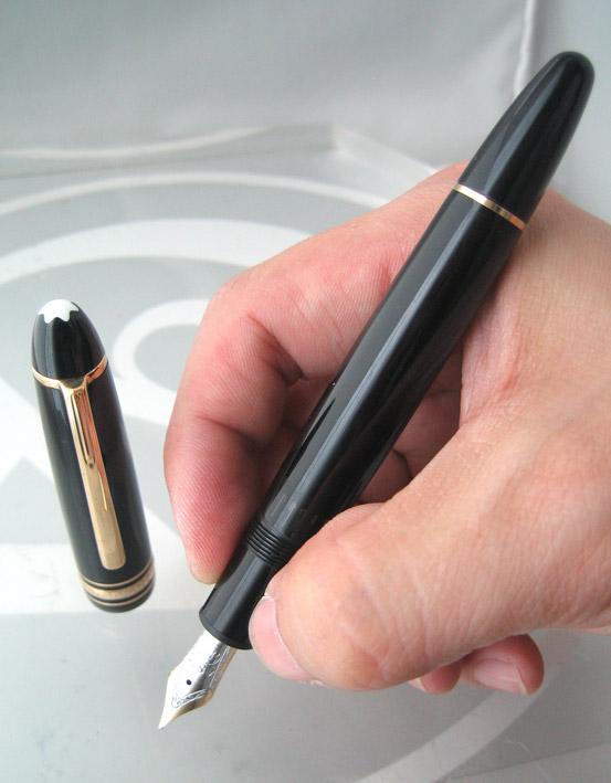 ปากกาหมึกซึม MONTBLANC PEN meisterstuck ขนาด big size ระบบบิดเปิดไส้ ตัวเรือนดำอครีลิคประดับชุดเหน็บ