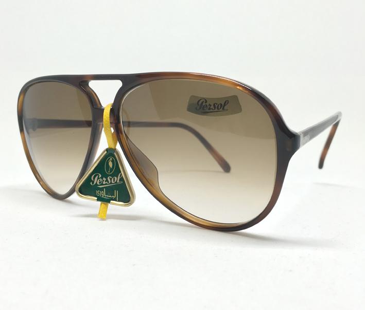 แว่นกันแดด PERSOL RATTI P-0693 ITALY Vintage 1980\'s size 52/127/130 เหมาะสำหรับบุรุษ สตรี เลนส์เทาน
