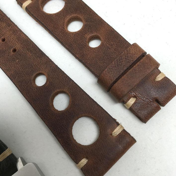 สายหนัง Vintage carrera หนังวัว พั๊นรูใหญ่ เหมาะสำหรับนาฬิกาทุกประเภทที่ต้องการความแตกต่าง มีทั้งขนา