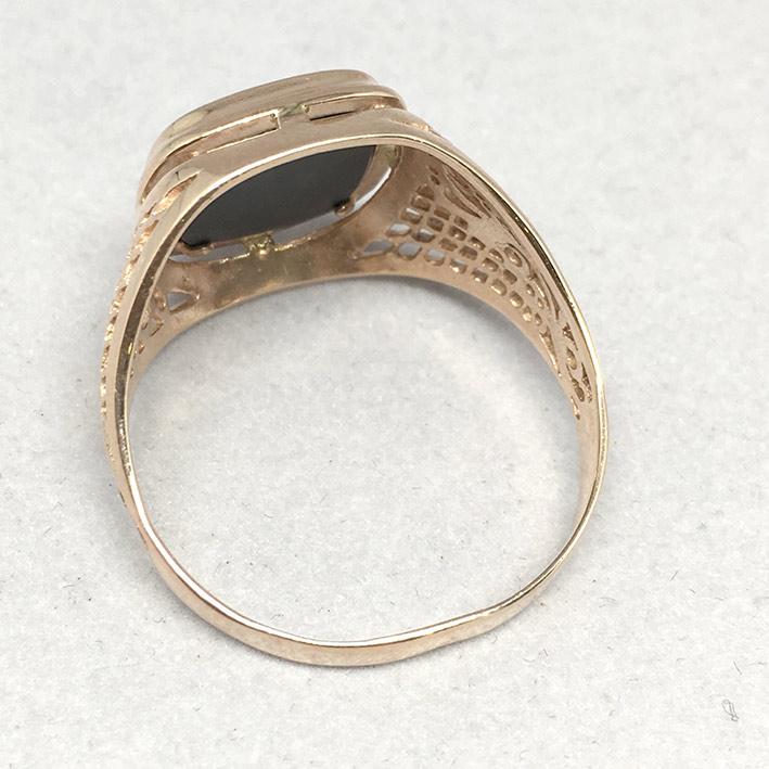 แหวนทองชาย Dandy 9k ฉลุลาย ประดำหินนิลดำ ตัวเรือนทอง Pink gold 375 น้ำหนักทองช่างรวม 7.3 กรัม ขนาดวง 5