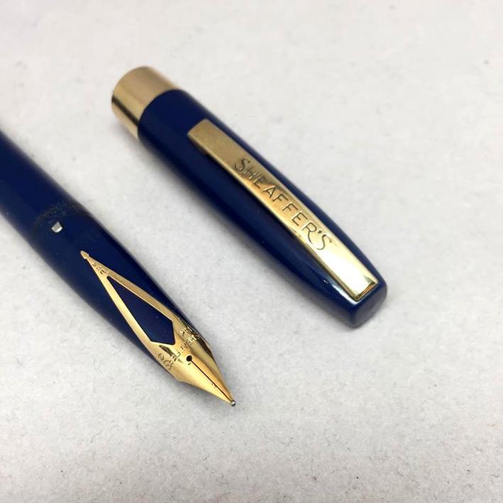 ปากกาหมึกซึม sheaffer USA ตัวด้ามไฟเบอร์น้ำเงิน ชุดเหน็บเคลือบทอง ปากทอง 14k ปลอกดึง สภาพเดิมสวย 2