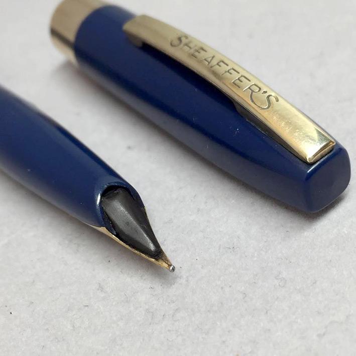 ปากกาหมึกซึม sheaffer USA ตัวด้ามไฟเบอร์น้ำเงิน ชุดเหน็บเคลือบทอง ปากทอง 14k ปลอกดึง สภาพเดิมสวย 3