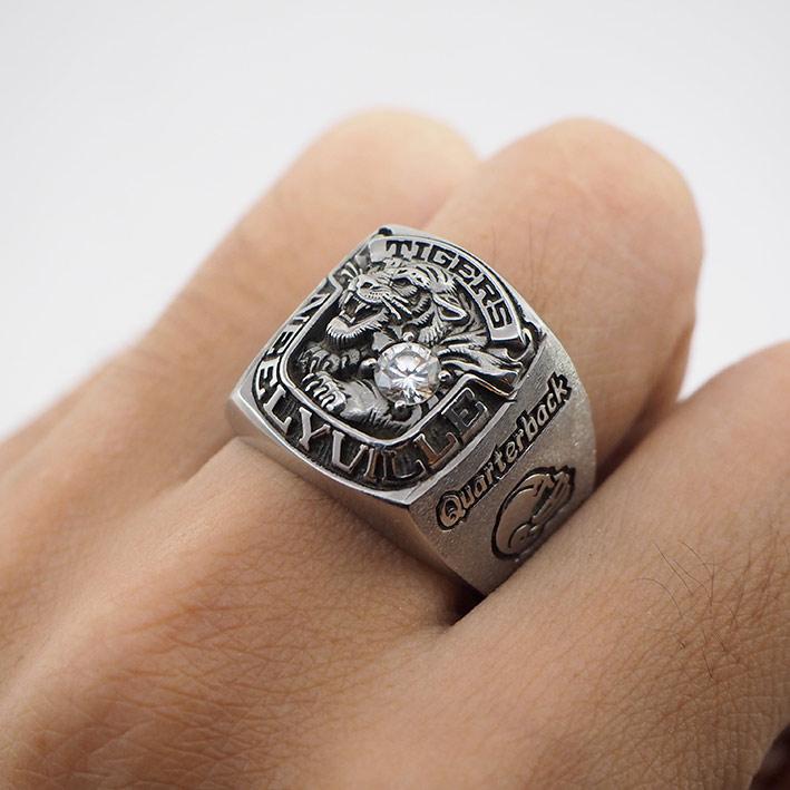 แหวนอเมริกันฟุตบอล TIGER NEELYVILLE BOBBY JOHNSON Quarterback 1989 แสดงสัญลักษณ์เสือประดับพลอยขาว ตั