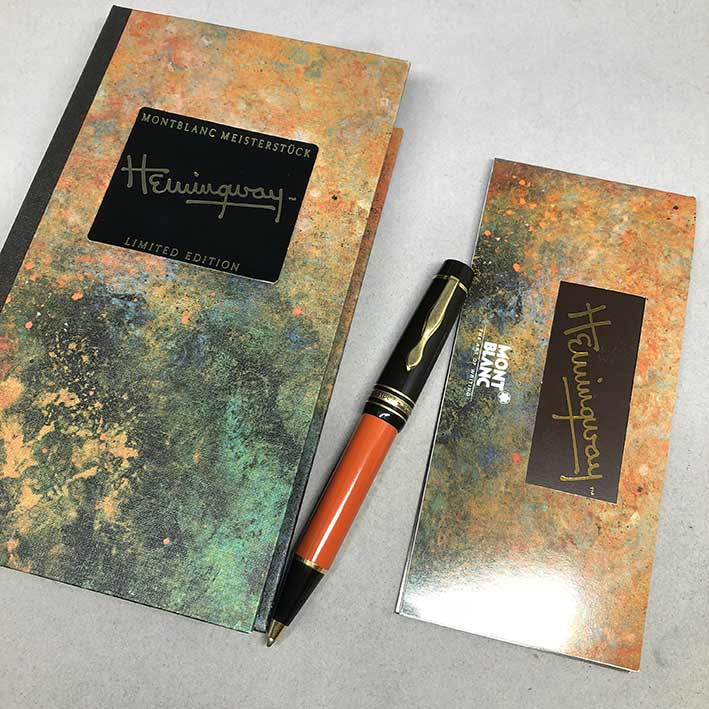 ปากกาหมึกแห้ง MONTBLANC ปี 1992 Limited HEMINGWAY ตัวด้ามอครีลิคน้ำตาลเข้มสลับส้ม พร้อมชุดเหน็บเคลือ 6