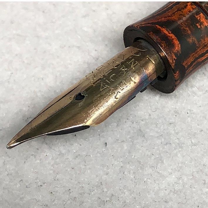 ปากกาหมึกซืมวินเทจ MABIE 1915 ตัวด้าม Hard Rubber ระบบสำลองหมึกลูกยางใช้เหน็บทองสปริงโช็คหมึก สภาพสว 4