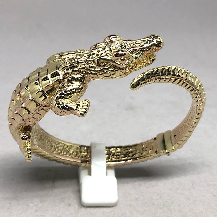 กำไลทองคำ 14k รูปทรงจระเข้ รัดรอบข้อมือ งานโปร่งสวย น้ำหนักทองช่างรวม 10.4 กรัม ขนาดวงรอบข้อมือที่สว 1