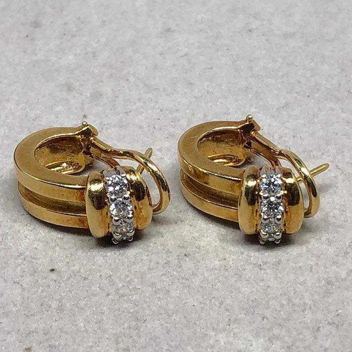 ต่างหู TIFFANY 1995 Diamond ประดับเพชร 8 เม็ด รวม 0.48 กะรัต ตัวเรือน18k Yellow gold ระบบหนีบ 3