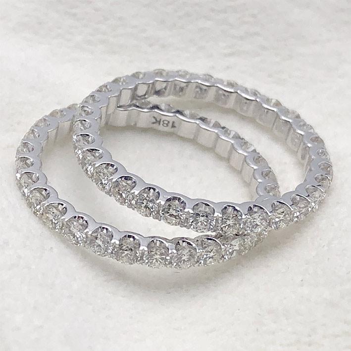 แหวนทองคำขาวใส่คู่ ฝังเตยรอบด้วยเพชรแท้ 60 เม็ด รวมน้ำหนัก 1.28 กะรัต ตัวเรือนทอง 18k wihte gold ช่า