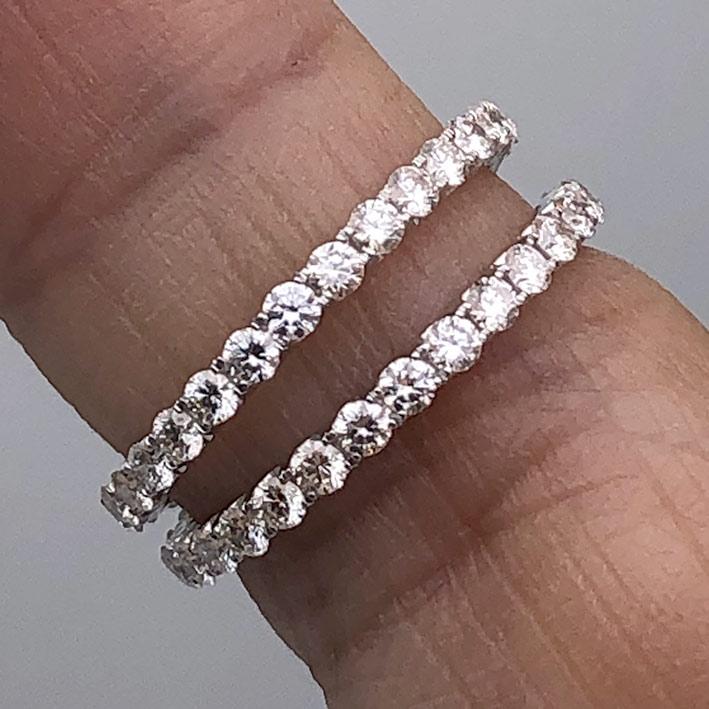แหวนทองคำขาวใส่คู่ ฝังเตยรอบด้วยเพชรแท้ 60 เม็ด รวมน้ำหนัก 1.28 กะรัต ตัวเรือนทอง 18k wihte gold ช่า 2