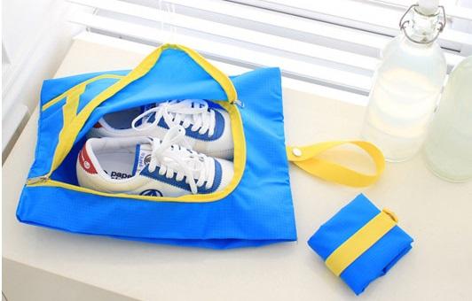 (Sale พร้อมส่ง) กระเป๋าจัดระเบียบ Bag In Bag สีฟ้า สำหรับใส่รองเท้า แยกได้เป็นสัดส่วน หยิบใช้สะดวก