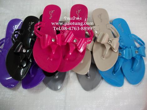 รองเท้าแตะหูหนีบของเด็กสีสรรสดใสขายถูก