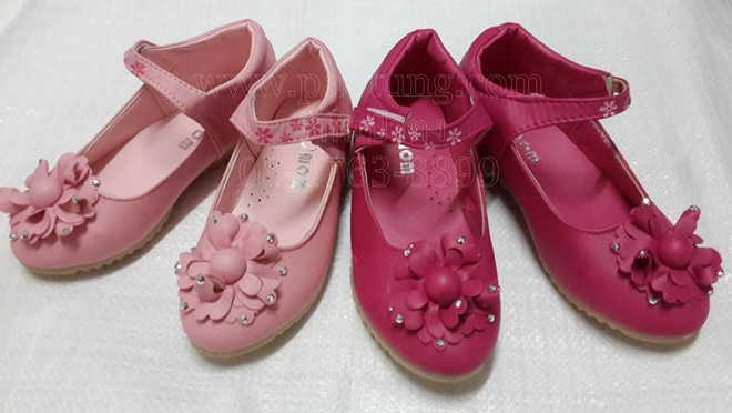 รองเท้าแฟชั่นคัชชูเด็กสีชมพูน่ารักขายส่ง