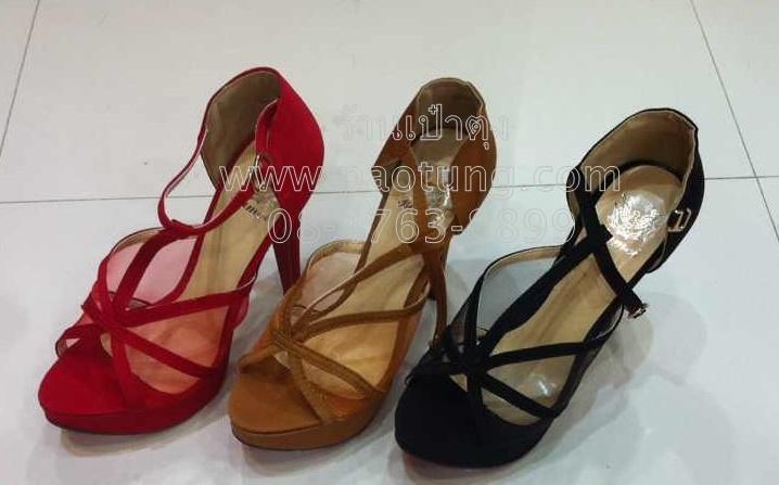 รองเท้าแฟชั่นส้นสูงขายส่ง/คู๋ละ 330 บาท(Gw3001)