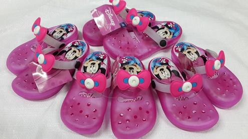รองเท้าแฟชั่นสไตล์crocsของเด็กลายมิ๊กกี้เม้าส์ ขายส่ง