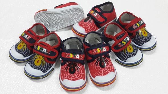รองเท้าแฟชั่นเด็กลายแมงมุมขายส่ง