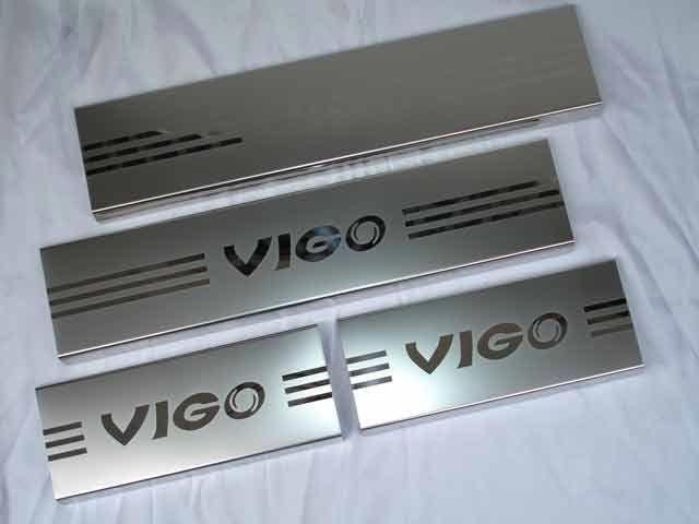 ชายบันได VIGO 4 Dor ครอบใหญ่