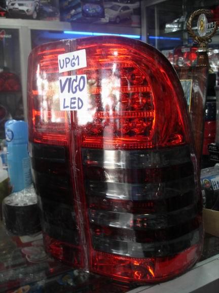 โคมไฟท้ายLED Vigo  โคมแดง/ดำ (ยี่ห้อEagle Eye)
