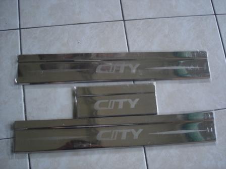 ชายบันได City 03