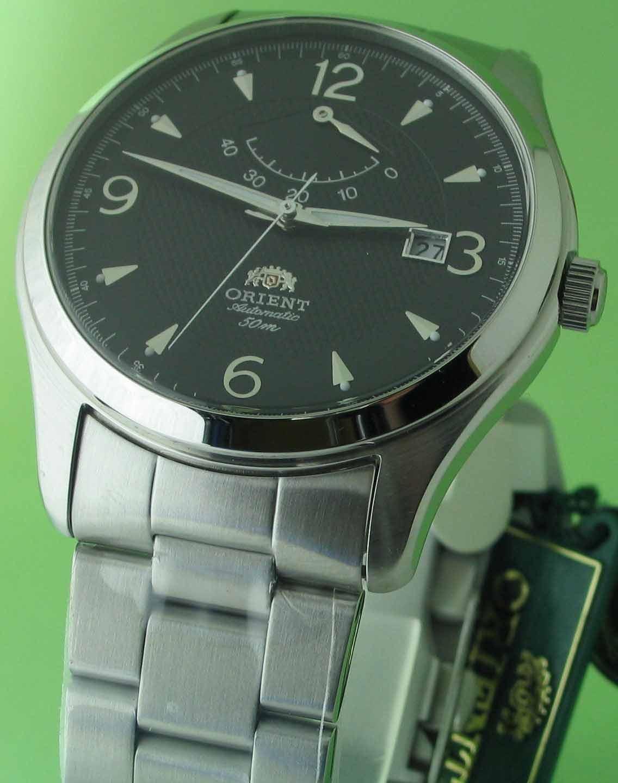 นาฬิกาออโต้รุ่นใหม่ที่มีฟั่งชั่นบอกผลังลาน ขนาดใหญ่คลาสสิค