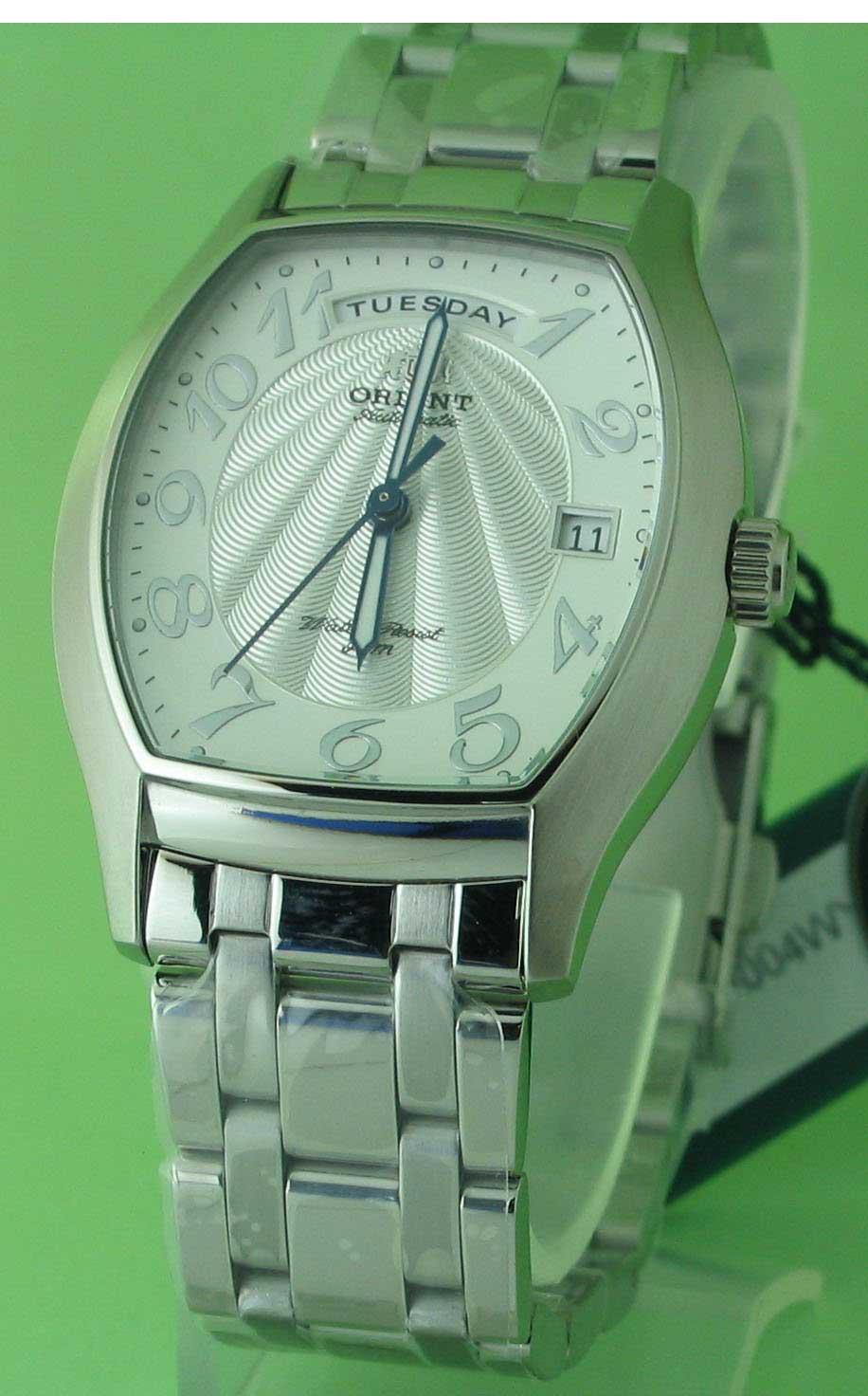 นาฬิกาออโต้รุ่นใหม่จากญี่ปุ่นรูปแบบนาฬิกาswiss