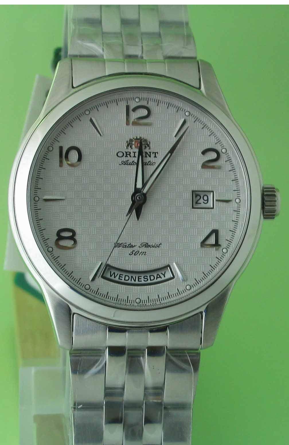 นาฬิกาออโต้รุ่นใหม่จากญี่ปุ่นรูปแบบนาฬิกาswiss ในราคาพิเศษ